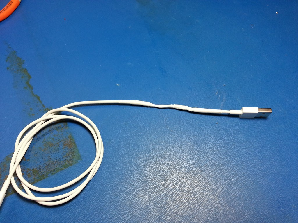 Apple_Lightning_USB (1)